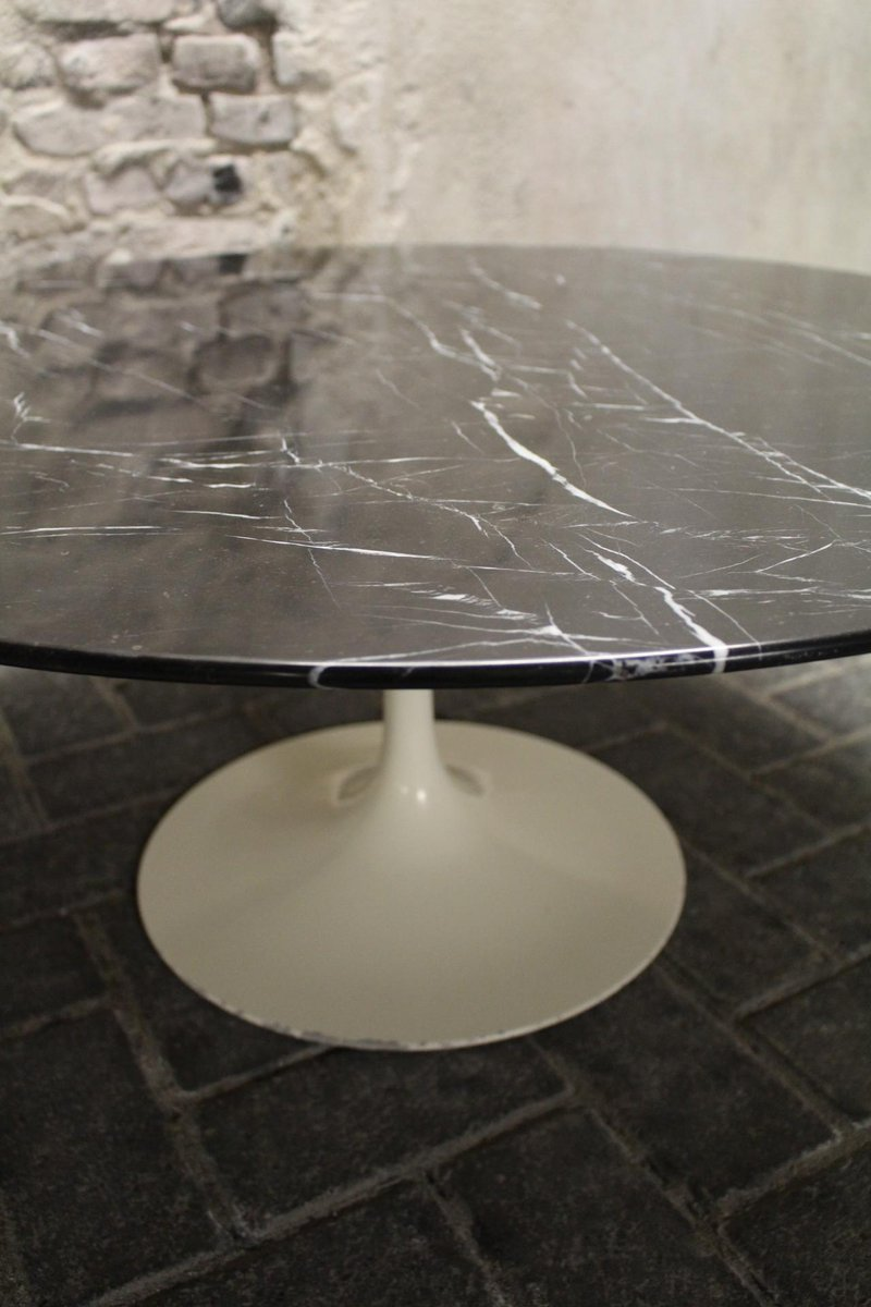 Table basse vintage noire tulip par eero saarinen pour knoll international en vente sur pamono Table basse saarinen