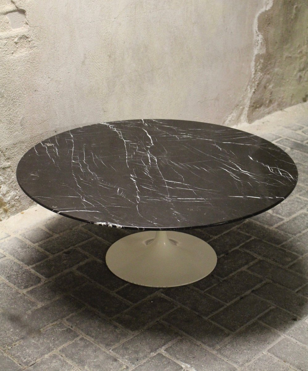 Vintage Black Tulip Coffee Table By Eero Saarinen For Knoll International For Sale At Pamono