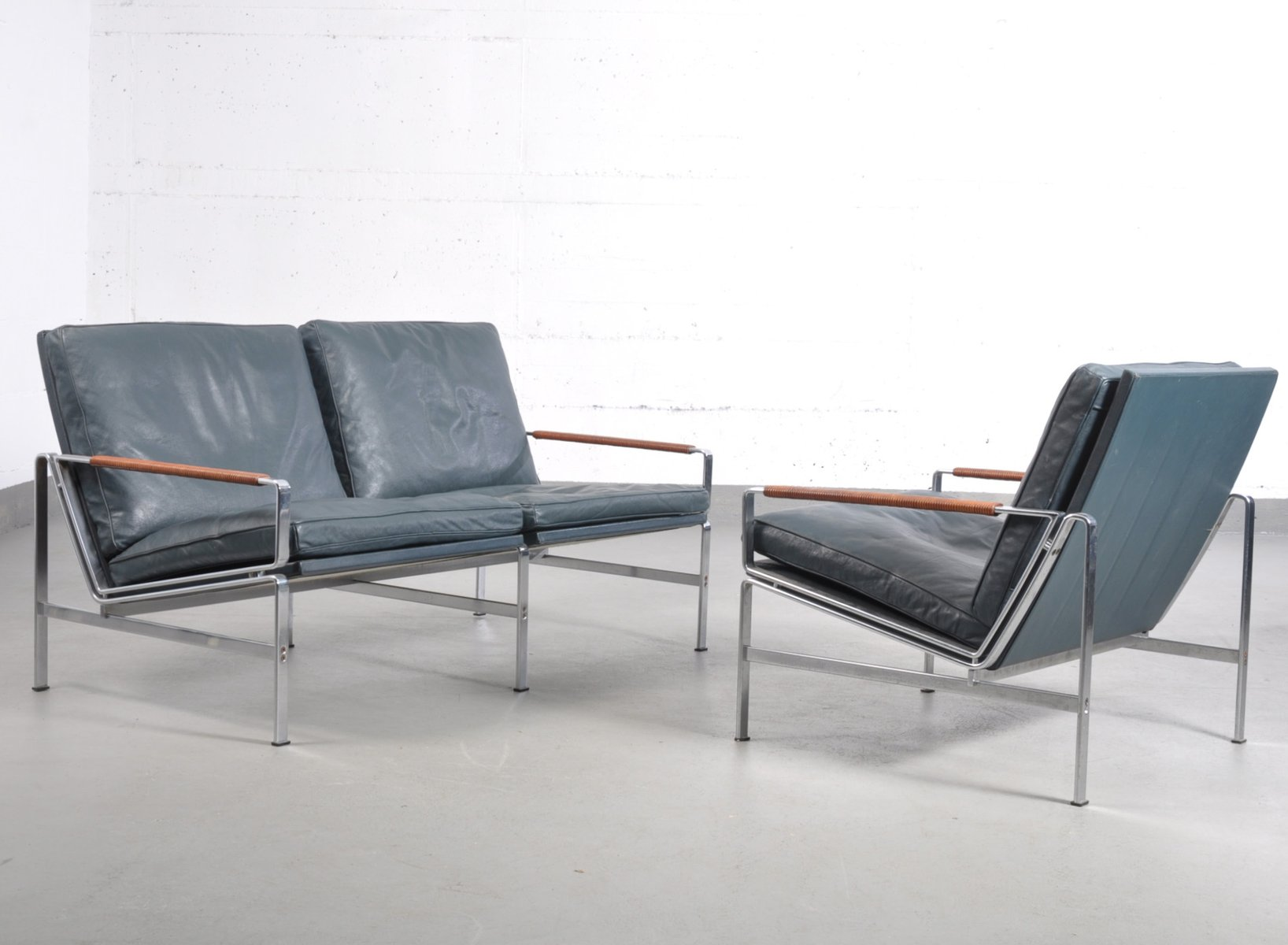 Vintage FK 6720 Chair & Two Seater Sofa by Fabricius & Kastholm