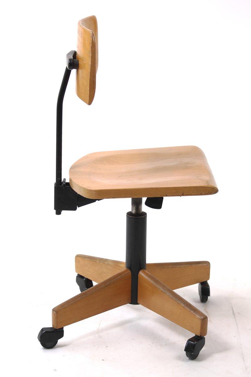 si ge pivotant d 39 architecte en bois de stoll giroflex 1960s en vente sur pamono. Black Bedroom Furniture Sets. Home Design Ideas