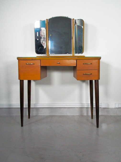 Vintage Dressing Table With Triptych Mirror