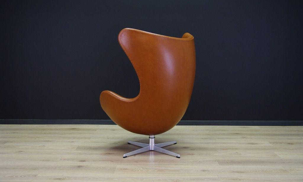 cognacfarbener leder egg chair von arne jacobsen f r fritz hansen 1960er bei pamono kaufen. Black Bedroom Furniture Sets. Home Design Ideas