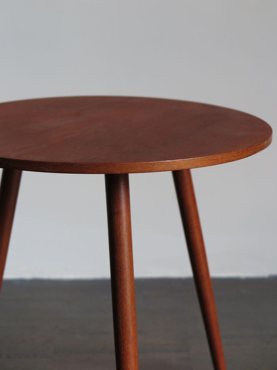 runder couchtisch aus teak 1950er bei pamono kaufen. Black Bedroom Furniture Sets. Home Design Ideas