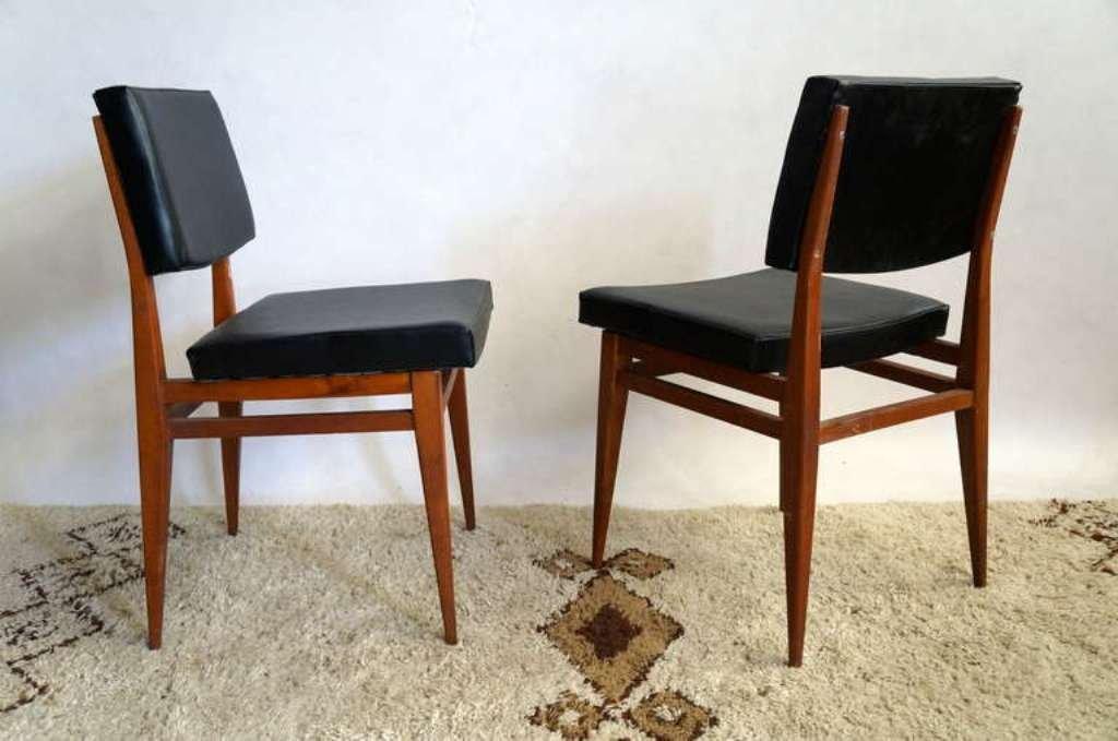 schwarze rote und braune st hle 1950er 10er set bei. Black Bedroom Furniture Sets. Home Design Ideas