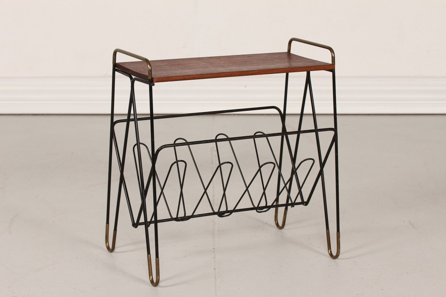 danish metal magazine rack with teak top 1950s for sale at pamono. Black Bedroom Furniture Sets. Home Design Ideas