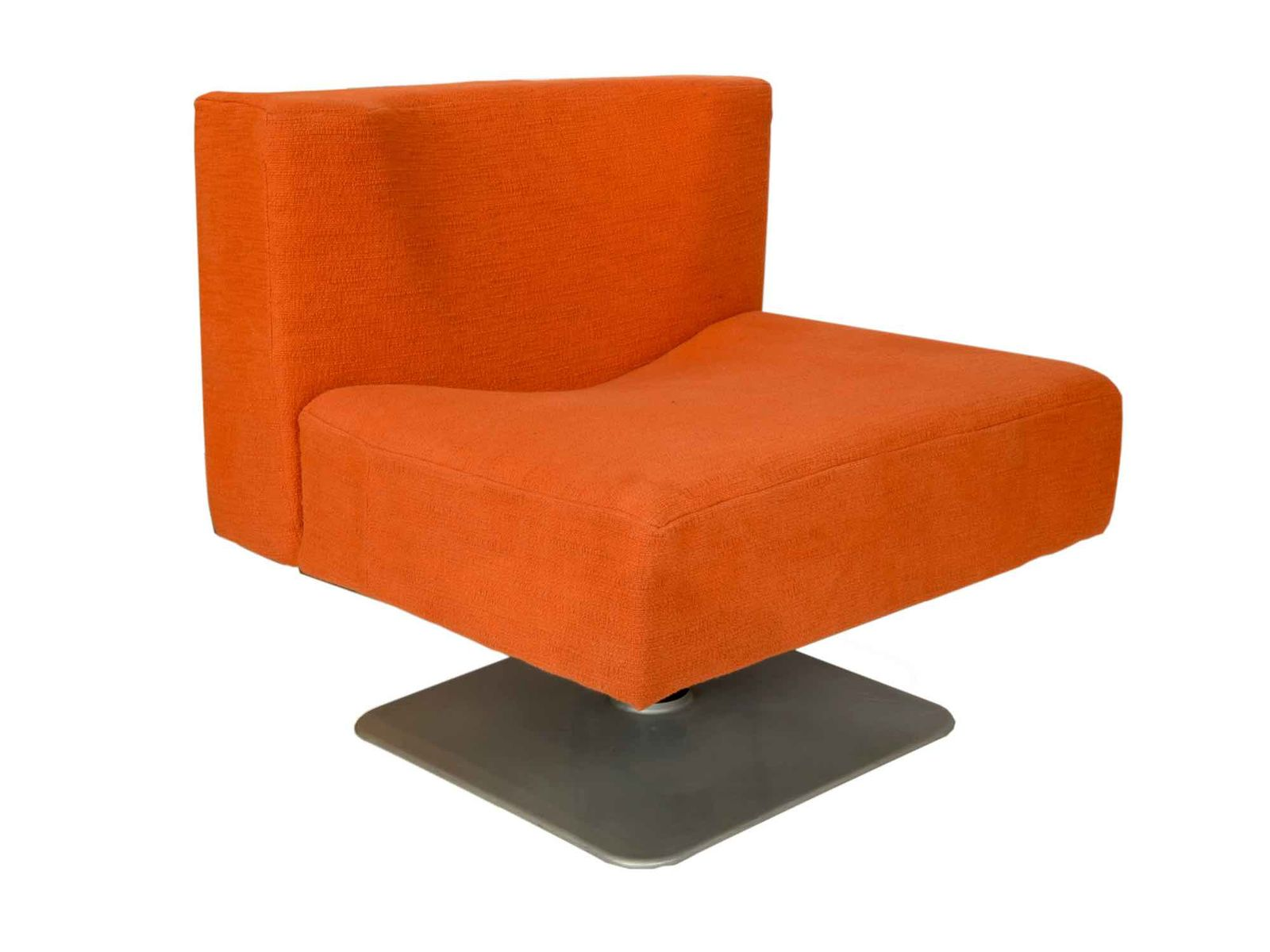 Modernist Orange Chairs by Knoll 1960s Set of 2 for sale at Pamono