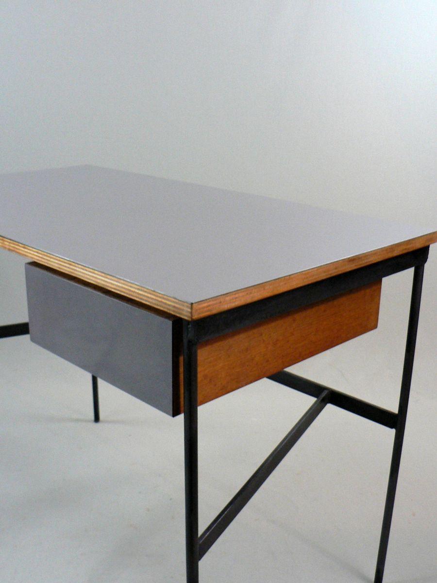 bureau vintage cm 174 par pierre paulin pour thonet en vente sur pamono. Black Bedroom Furniture Sets. Home Design Ideas