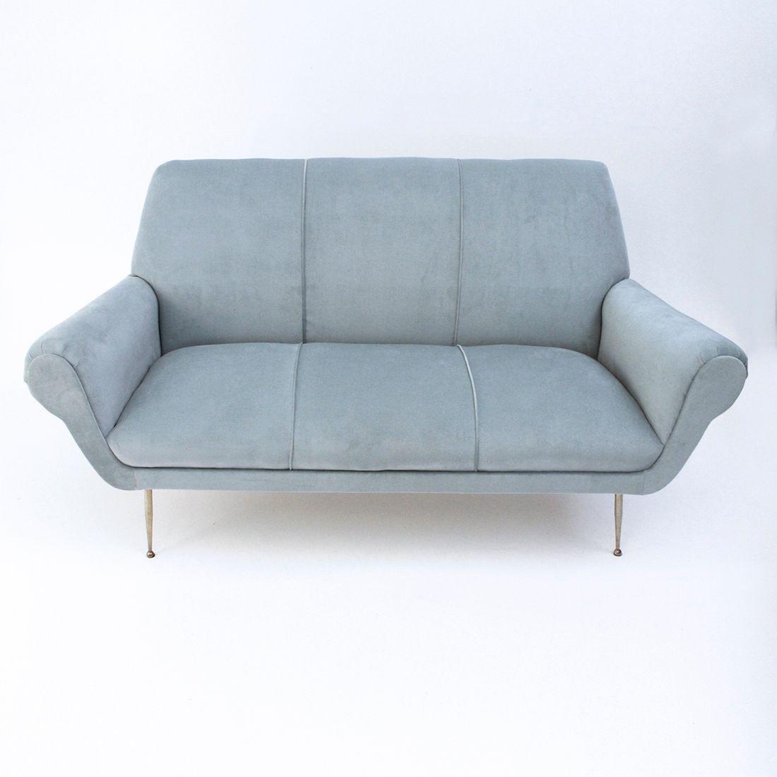 Canap mid century en velours bleu clair italie 1950s en for Canape velours bleu