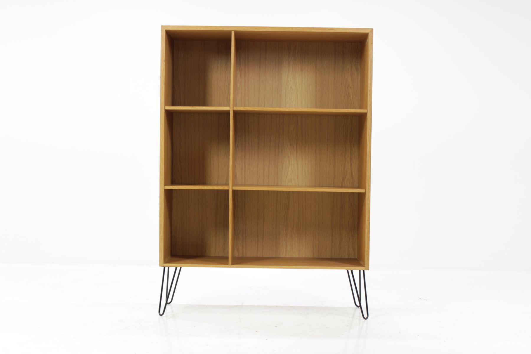 d nisches b cherregal aus eiche 1960er bei pamono kaufen. Black Bedroom Furniture Sets. Home Design Ideas