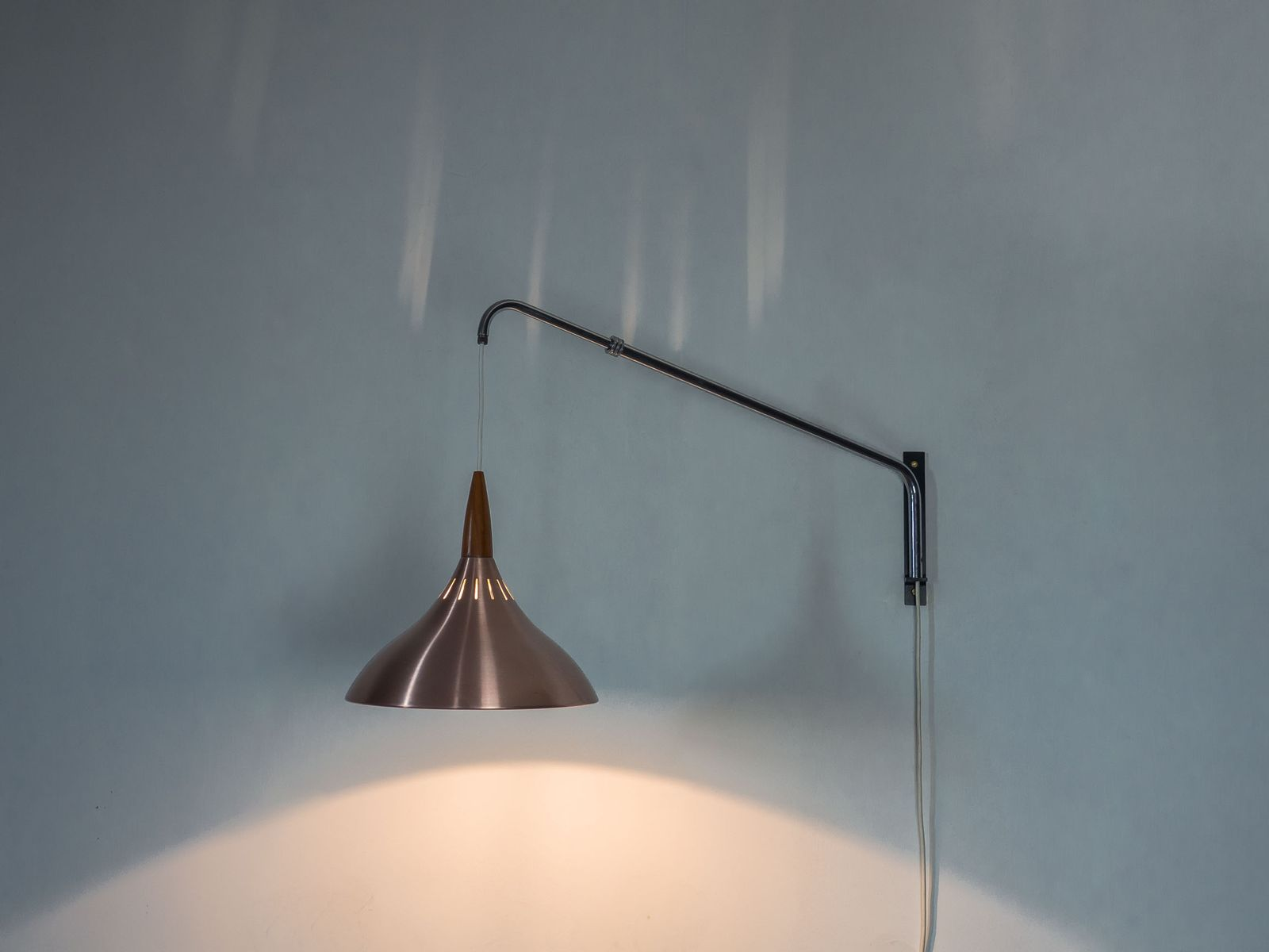 Vintage Adjustable Wall Light from Raak Amsterdam for sale at Pamono