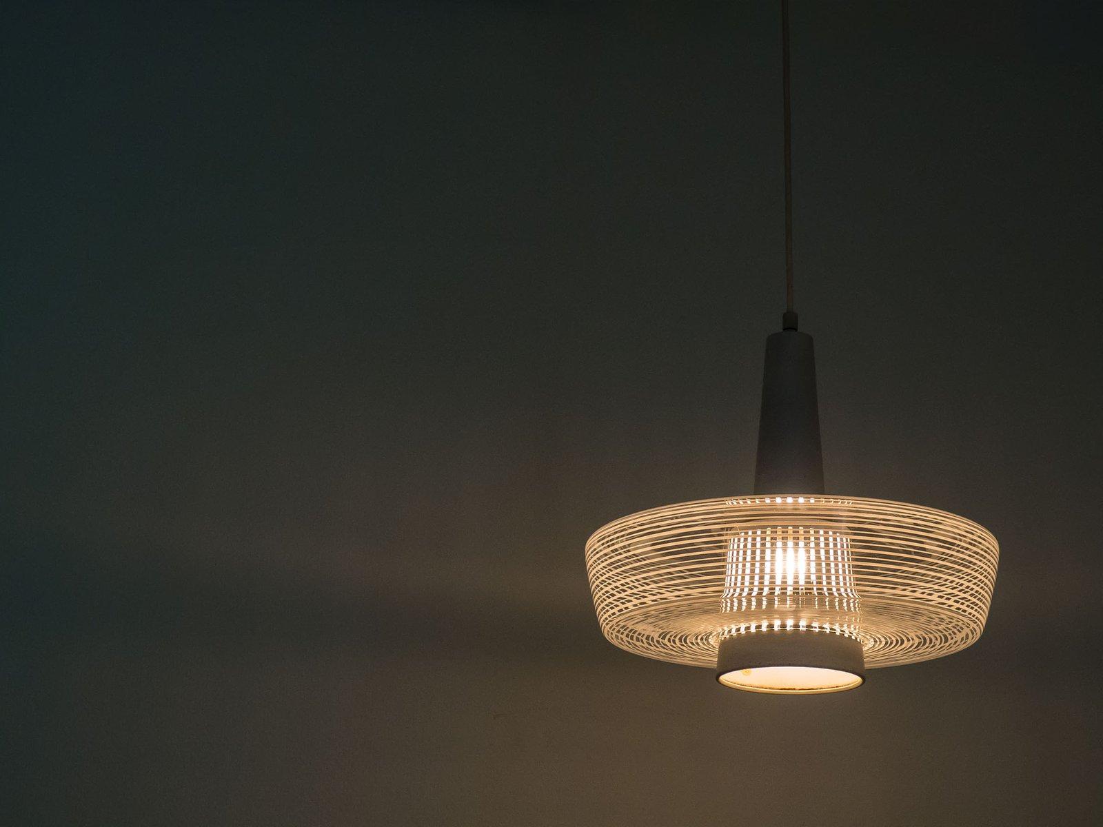vintage h ngeleuchte aus glas von wila bei pamono kaufen. Black Bedroom Furniture Sets. Home Design Ideas