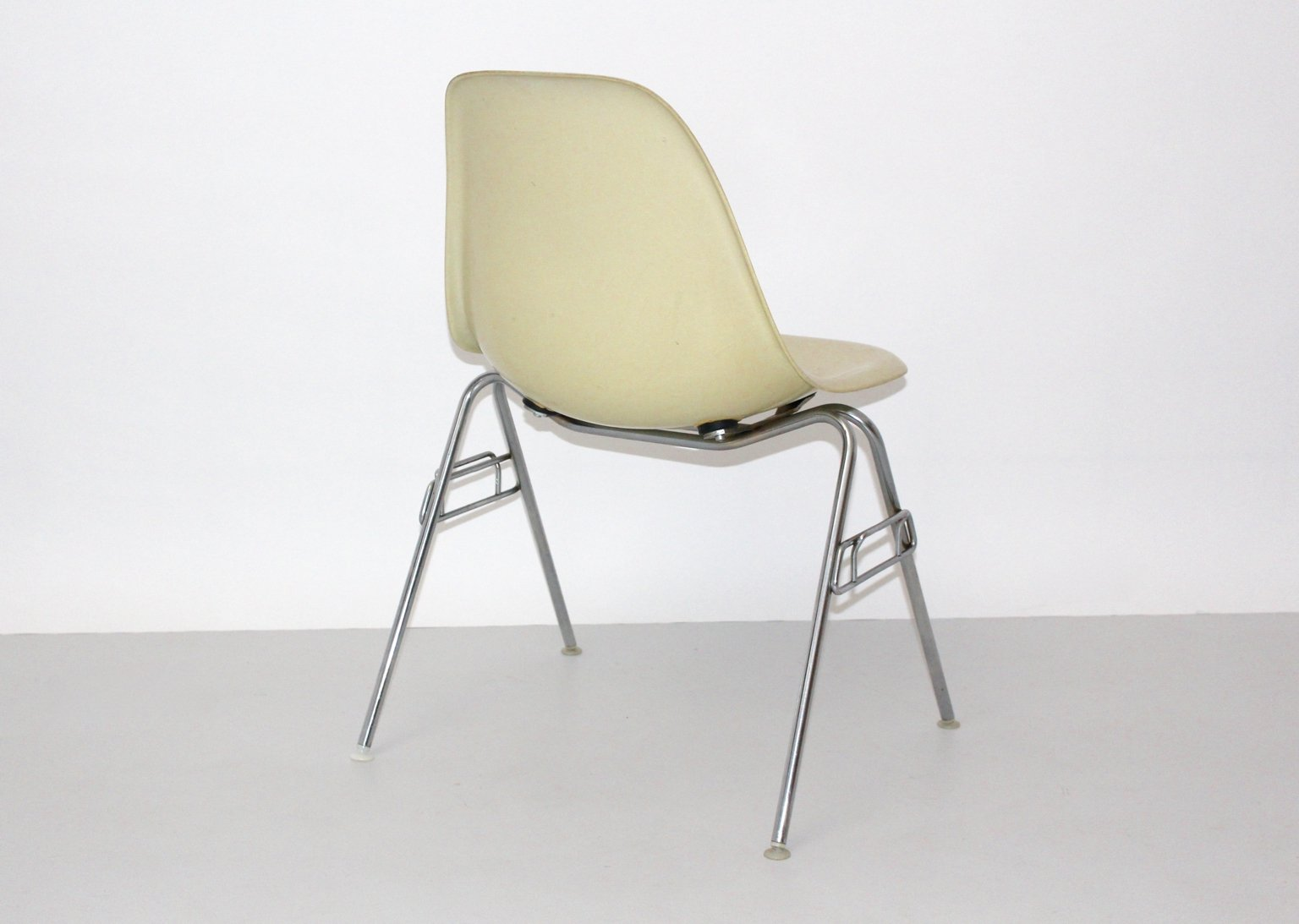 ray and charles eames furniture. Price Per Piece Ray And Charles Eames Furniture E
