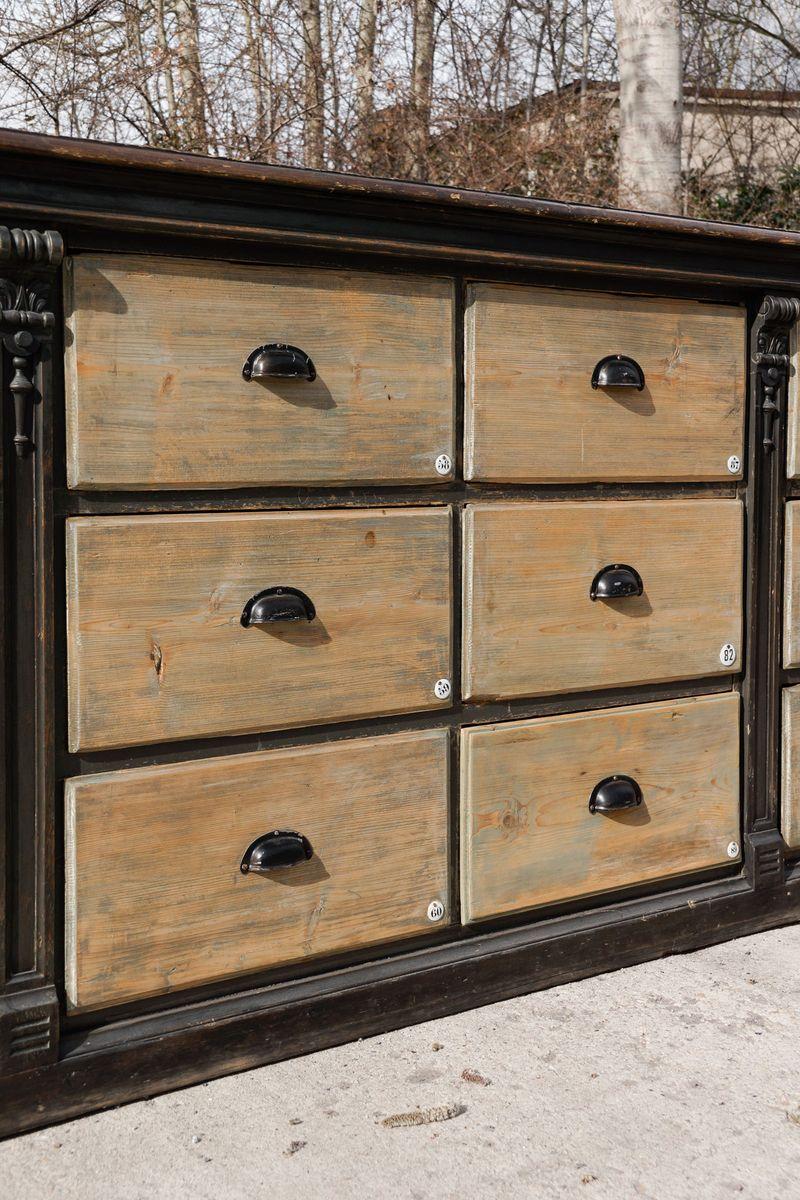 gro er antiker holz schubladenschrank 1890er bei pamono kaufen. Black Bedroom Furniture Sets. Home Design Ideas