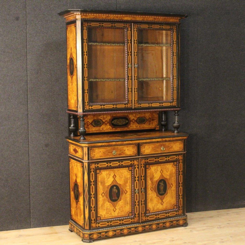 Antiker Englischer Schrank mit Intarsie, 1870er bei Pamono kaufen