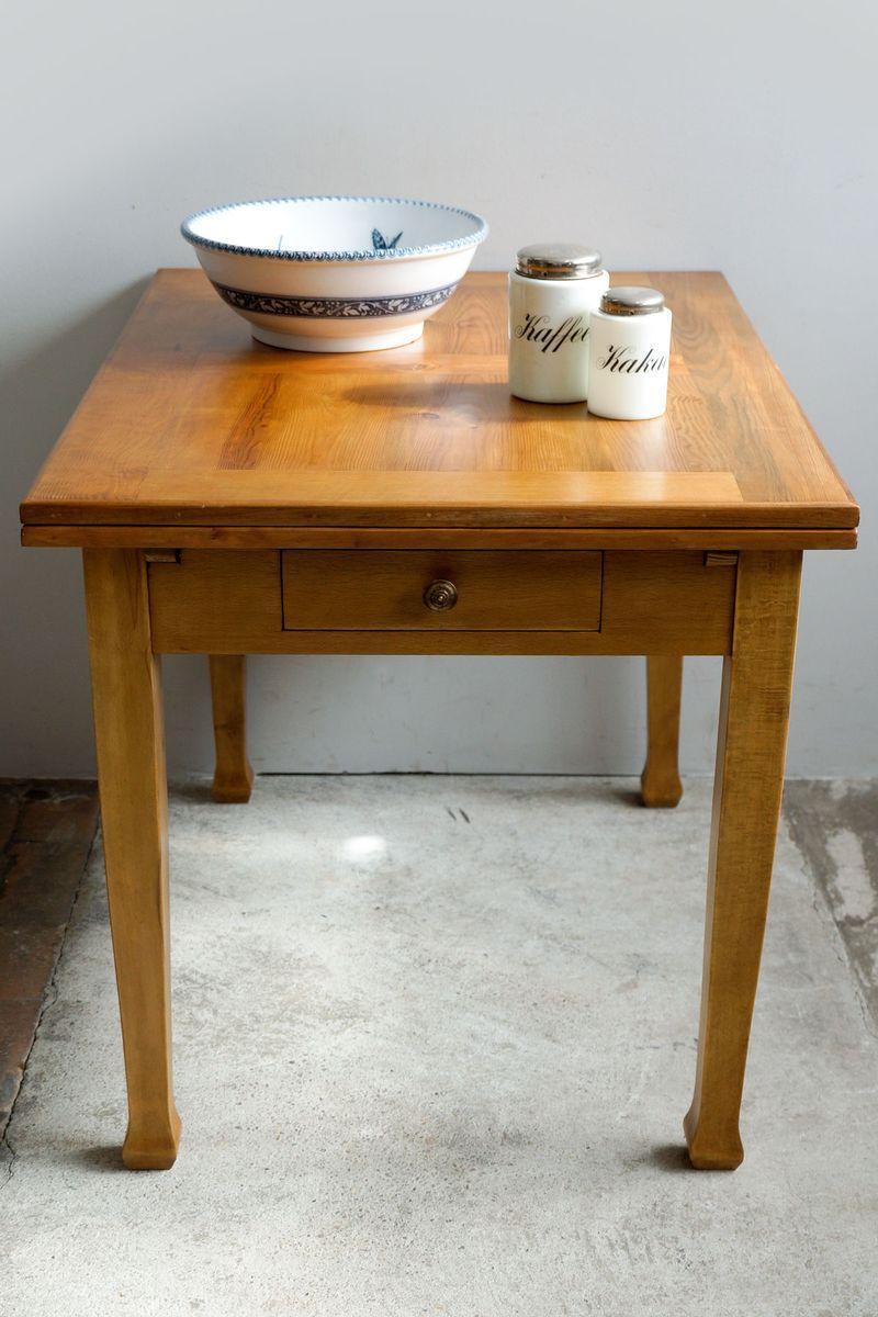 ausziehbarer jugendstil esstisch aus eiche weichholz 1900er bei pamono kaufen. Black Bedroom Furniture Sets. Home Design Ideas