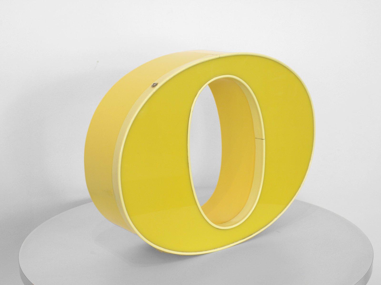 lettre o lumineuse vintage jaune en vente sur pamono. Black Bedroom Furniture Sets. Home Design Ideas