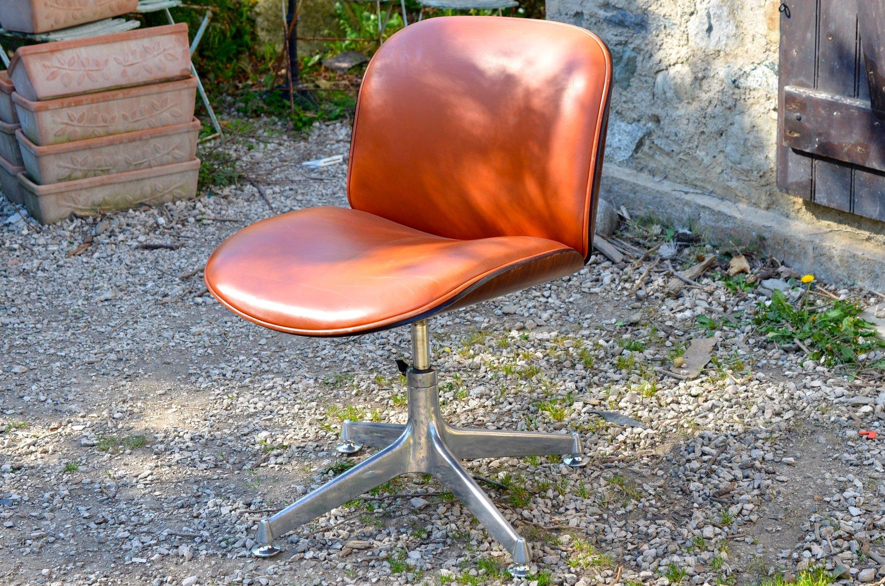 si ge pivotant avec si ge en cuir en palissandre par ico parisi pour mim 1950s en vente sur pamono. Black Bedroom Furniture Sets. Home Design Ideas
