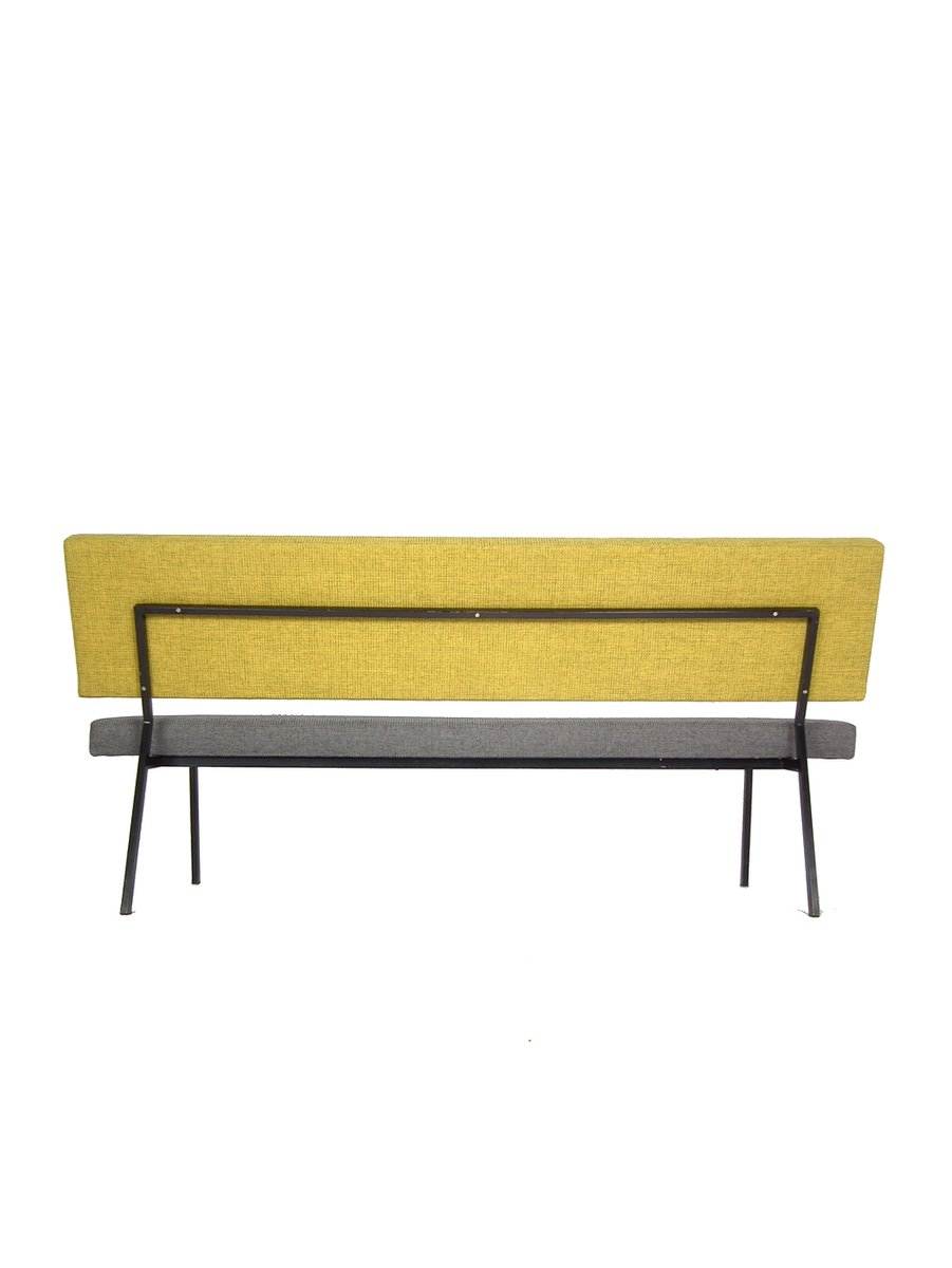 mid century sofa in gelb grau bei pamono kaufen. Black Bedroom Furniture Sets. Home Design Ideas