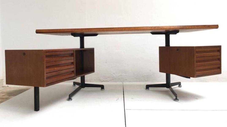 Vintage Model T95 Direzionale Desk With Swivel Drawer Units By Osvaldo  Borsani For Tecno