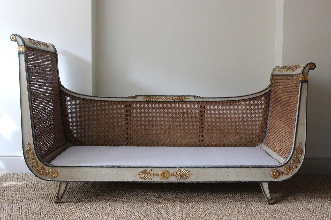Tagesbett holz  Antikes Tagesbett, 1910er bei Pamono kaufen