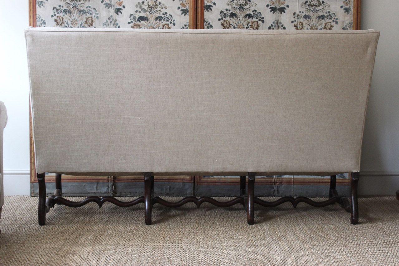 canap dossier haut louis xiv en noyer 18 me si cle en vente sur pamono. Black Bedroom Furniture Sets. Home Design Ideas