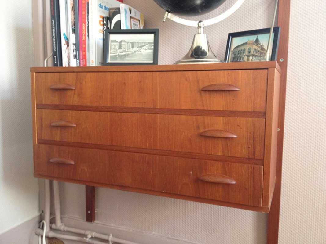 skandinavisches mid century wandregal 1960er bei pamono. Black Bedroom Furniture Sets. Home Design Ideas