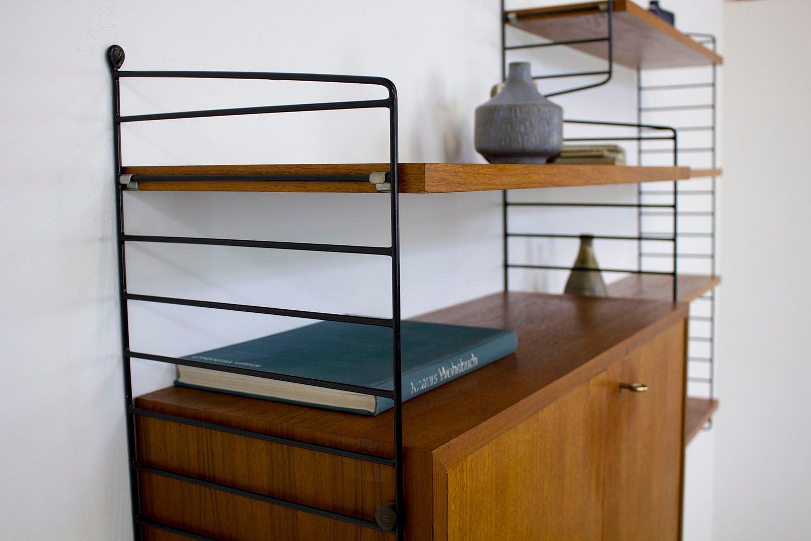 schwedisches teak wandregal von nisse strinning f r string 1960er bei pamono kaufen. Black Bedroom Furniture Sets. Home Design Ideas