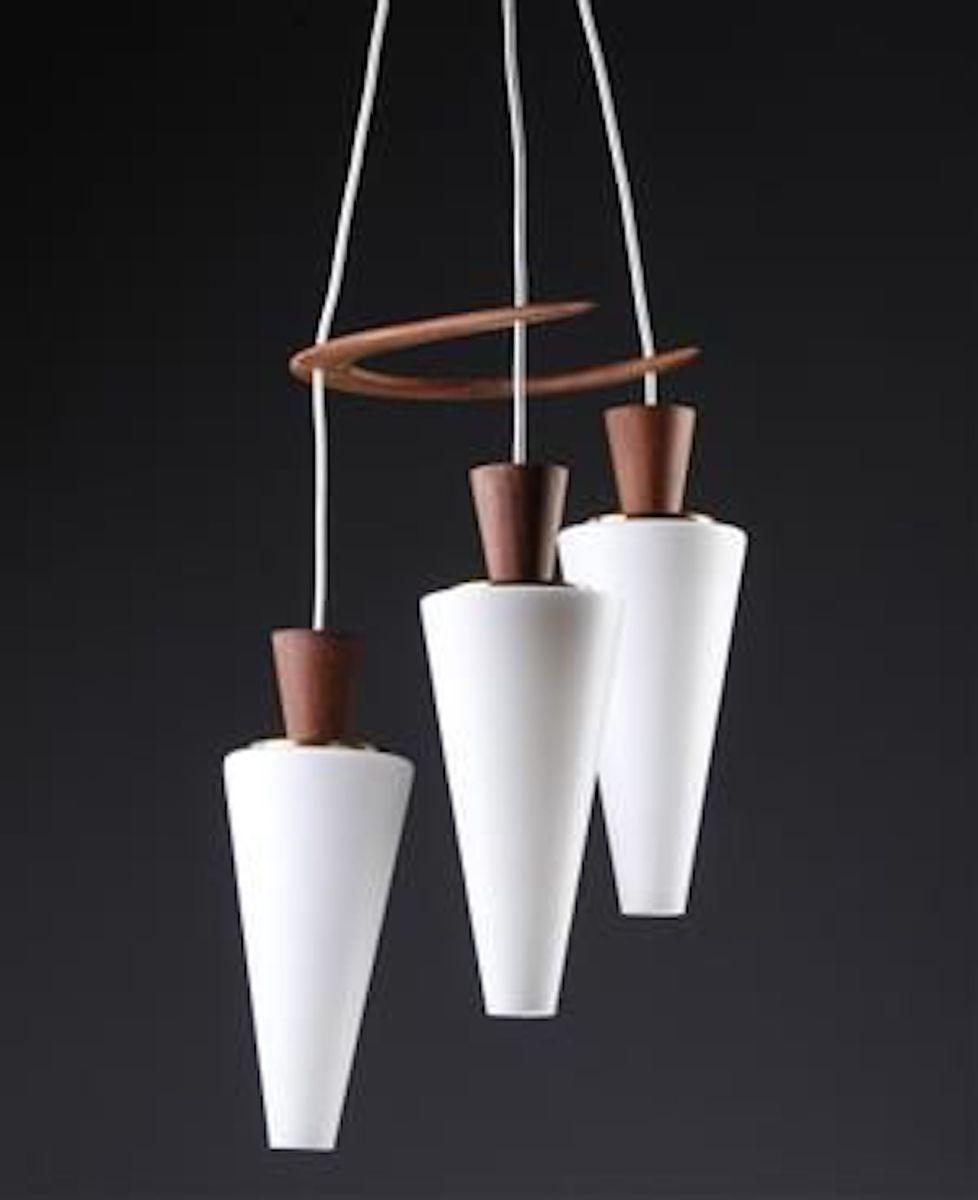 d nische h ngelampe mit drei leuchten von svend aage holm s rensen 1960er bei pamono kaufen. Black Bedroom Furniture Sets. Home Design Ideas