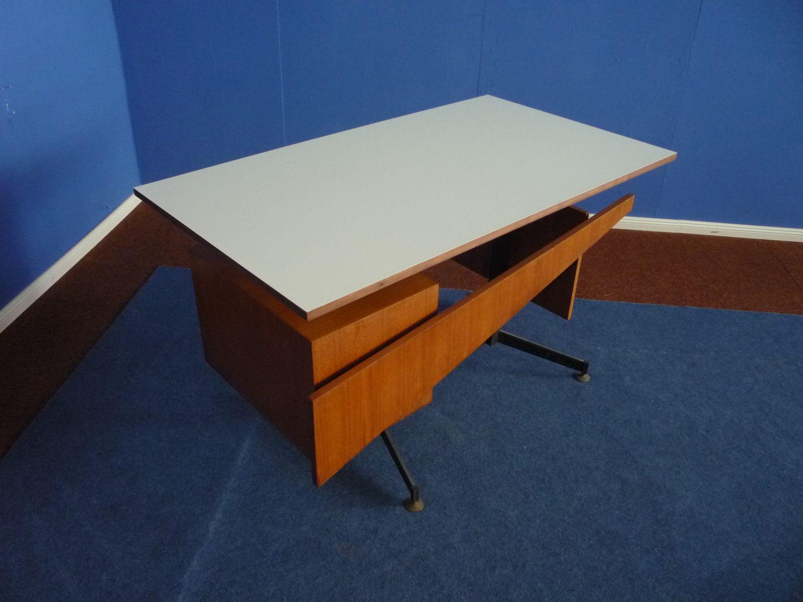 italienischer mid century schreibtisch aus teak und wei em formica 1950er bei pamono kaufen. Black Bedroom Furniture Sets. Home Design Ideas