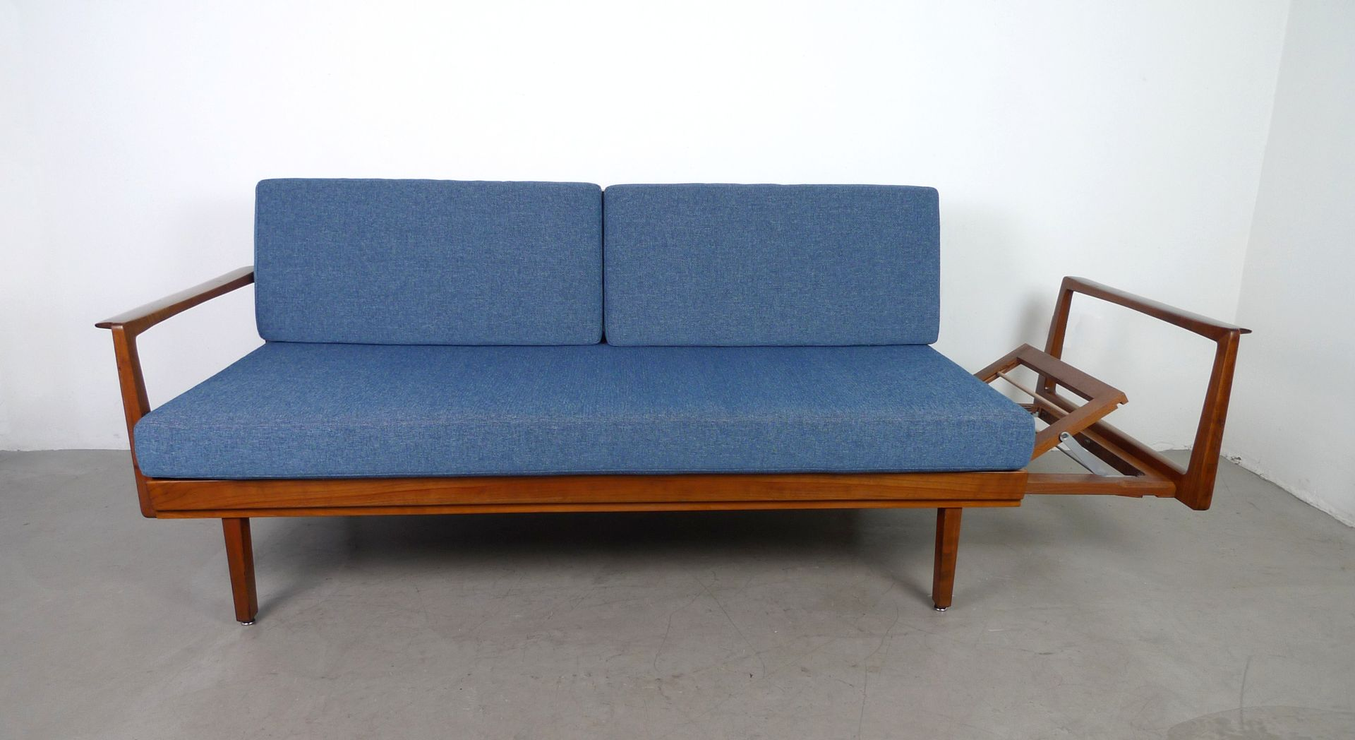 German sofa bed from walter knoll 1950s for sale at pamono for German sofa bed