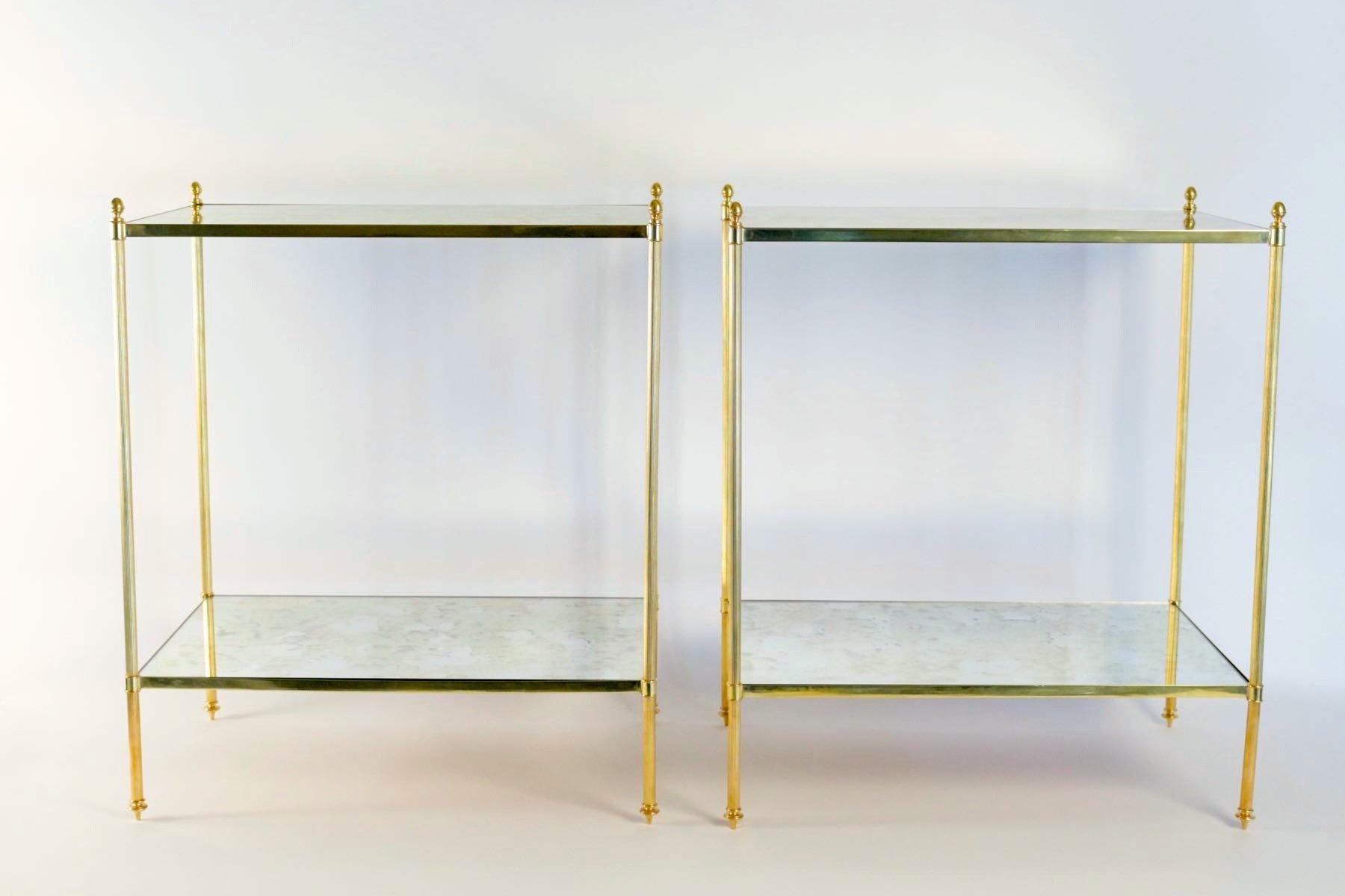 tables d appoint vintage en laiton dor 1970s set de 2. Black Bedroom Furniture Sets. Home Design Ideas