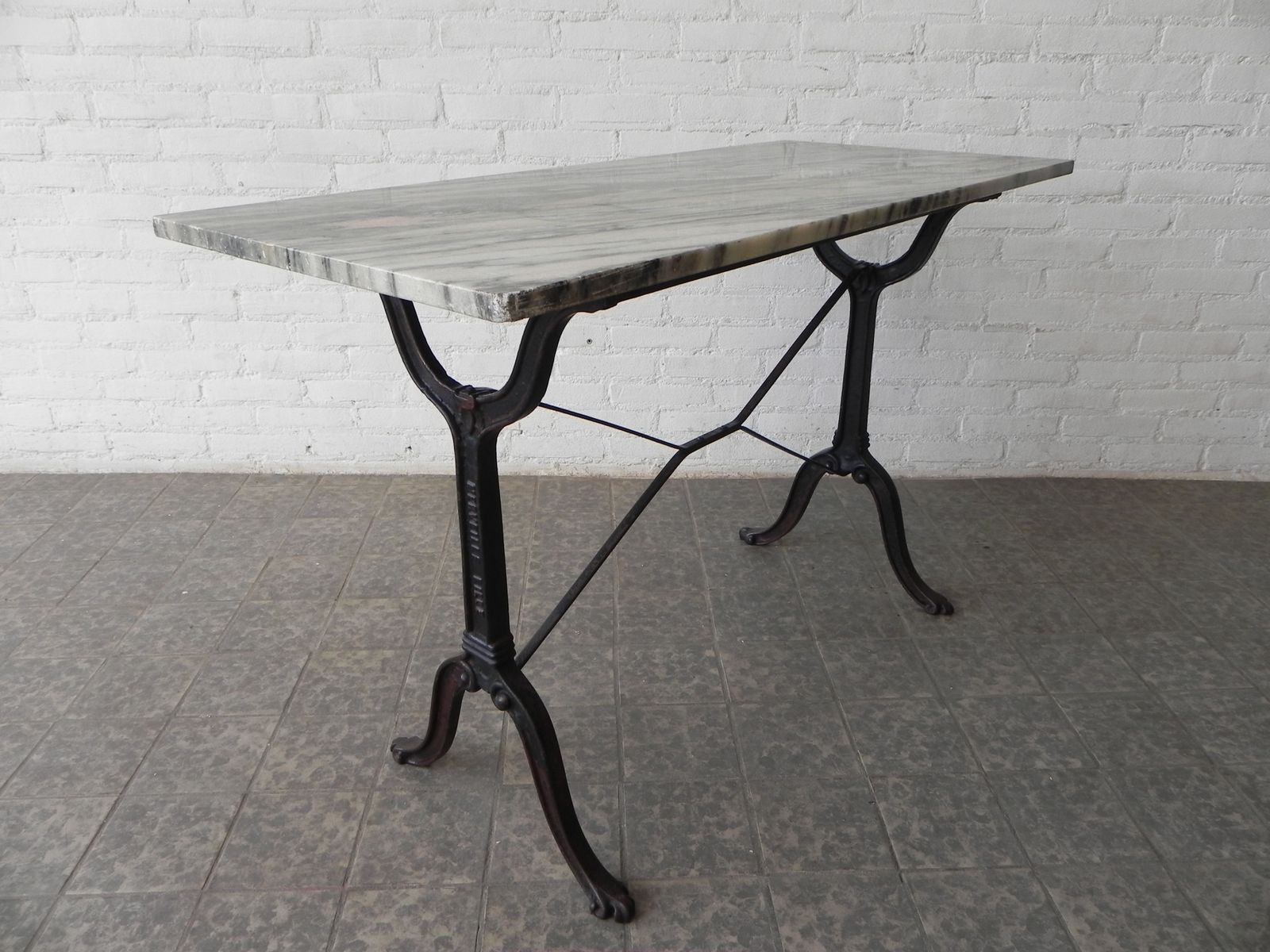 Deco Jardin Fonte Of Table De Jardin Art D Co Avec Base En Fonte 1930s En