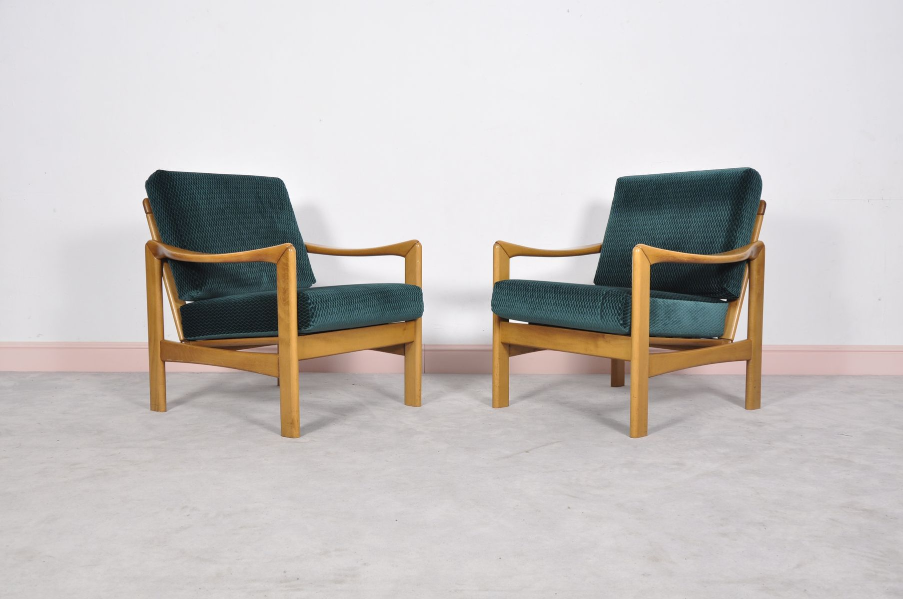 Mid Century Modern Teak Lounge Chairs Set of 2 for sale at Pamono
