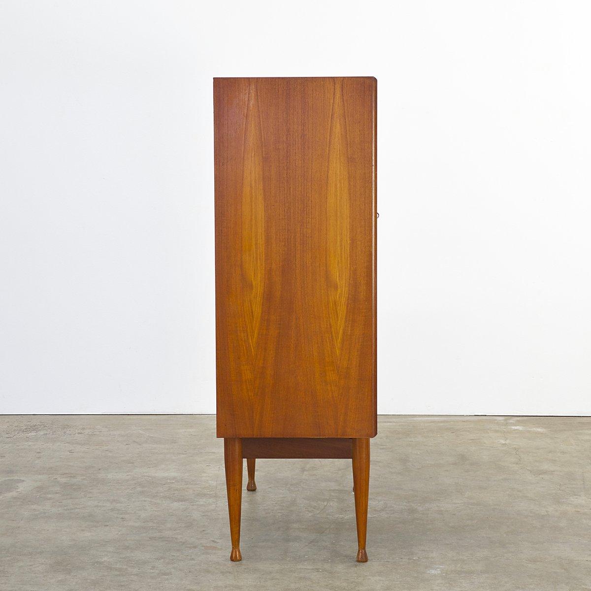 teak schrank mit zwei t ren und zwei schubladen 1960er bei pamono kaufen. Black Bedroom Furniture Sets. Home Design Ideas