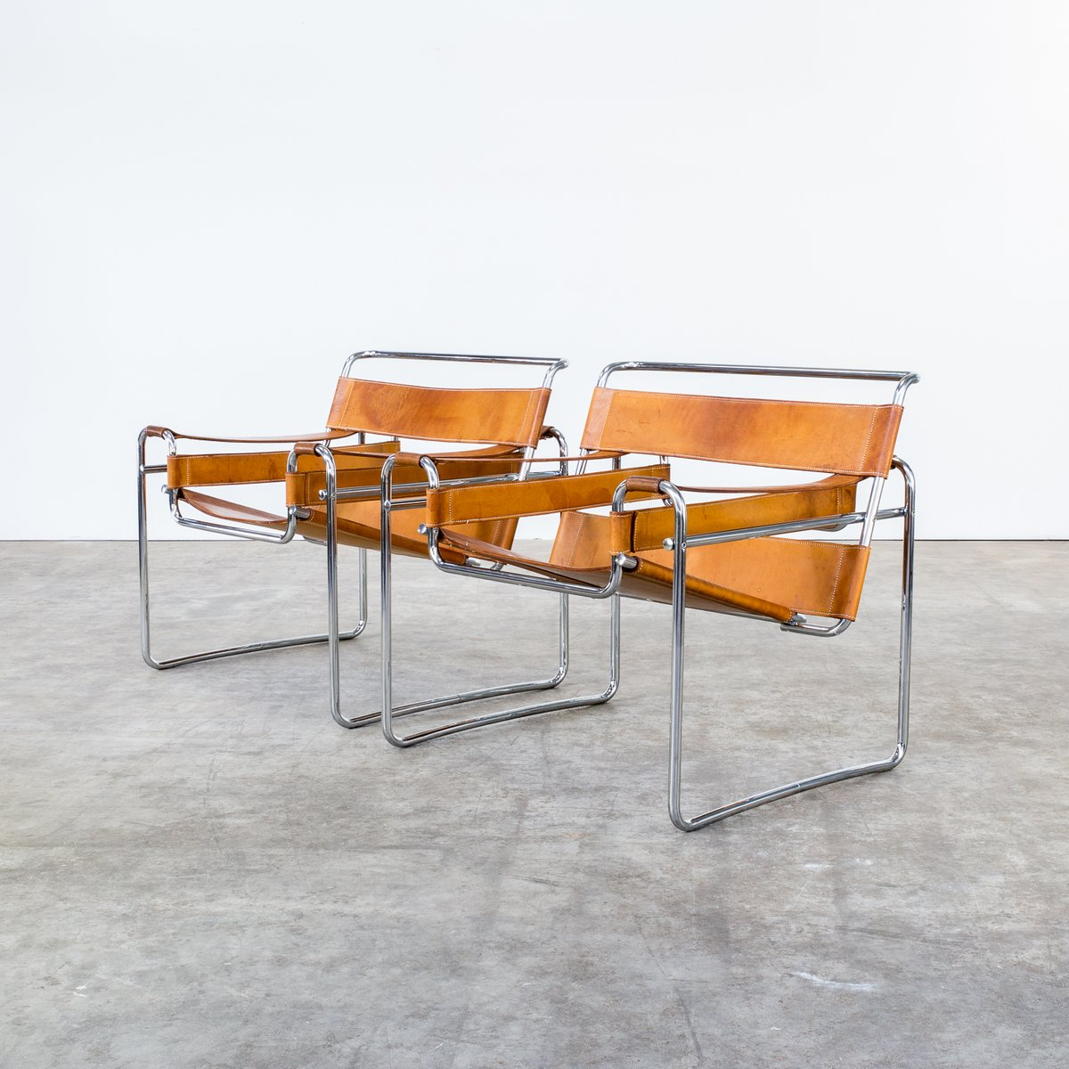wassily b3 cognac leather chairs by marcel breuer for gavina 1960s set of 2 for sale at pamono. Black Bedroom Furniture Sets. Home Design Ideas