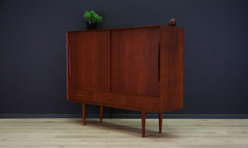 d nisches teak highboard mit drei schubladen 1970er bei. Black Bedroom Furniture Sets. Home Design Ideas