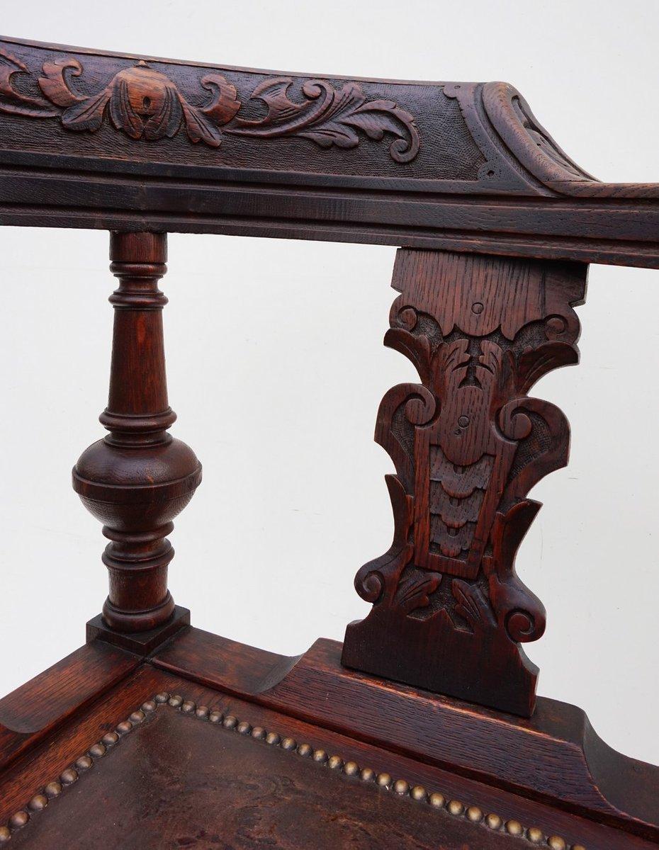 chaise d angle vintage en ch ne sculpt 19 me si cle en vente sur pamono. Black Bedroom Furniture Sets. Home Design Ideas