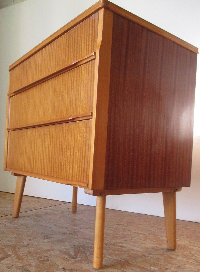 kleine kommoden von austin suite 1960er 2er set bei pamono kaufen. Black Bedroom Furniture Sets. Home Design Ideas