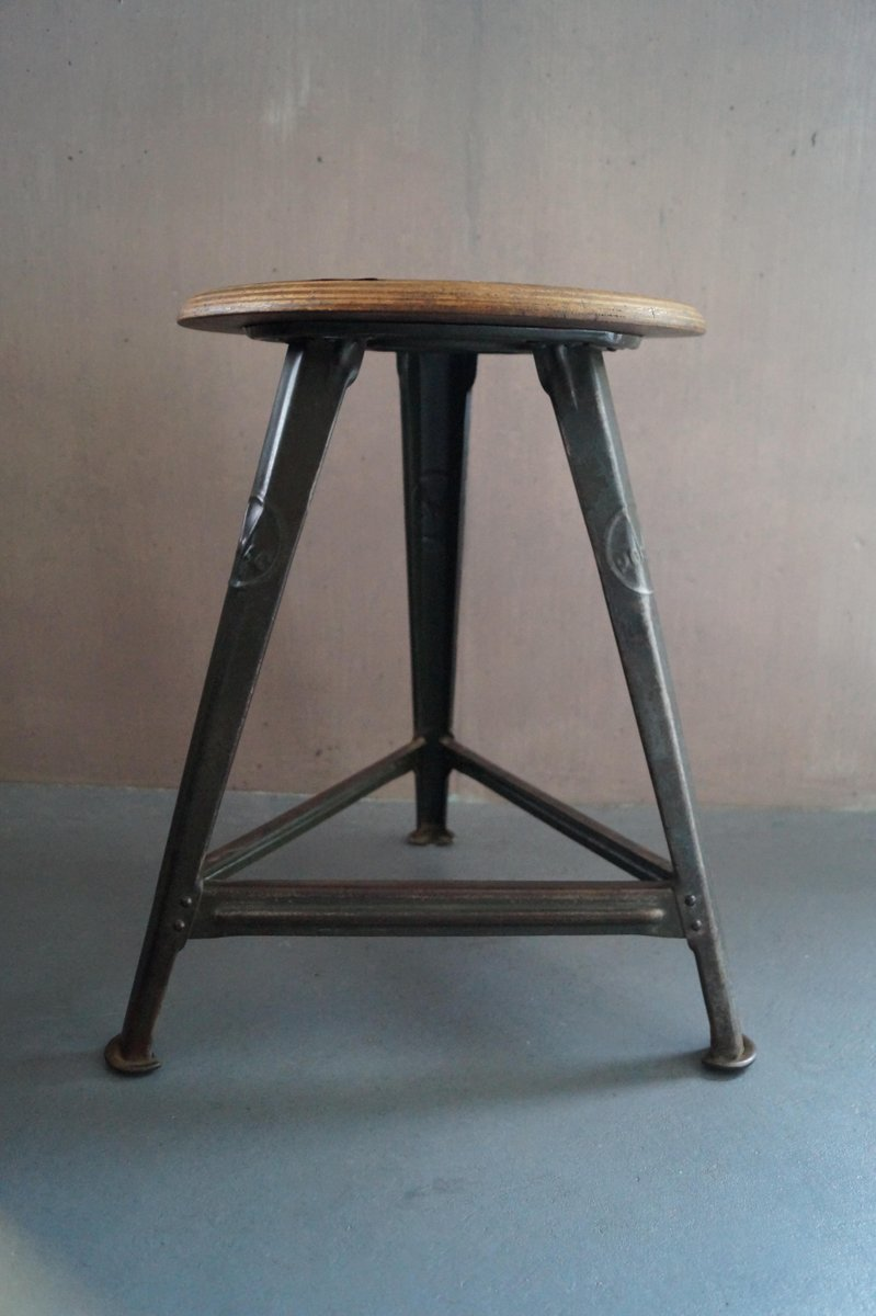 Metallmöbel vintage  Vintage German Stool by Robert Wagner for Rowac for sale at Pamono