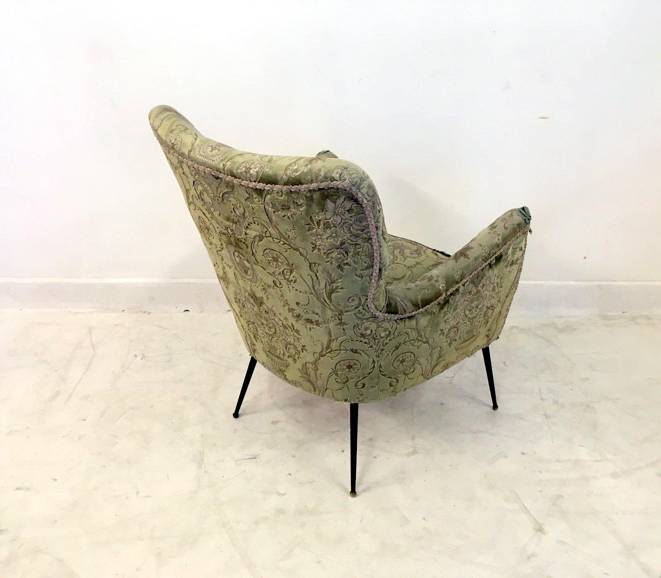 chaise vintage avec pieds en laiton slender italie en. Black Bedroom Furniture Sets. Home Design Ideas