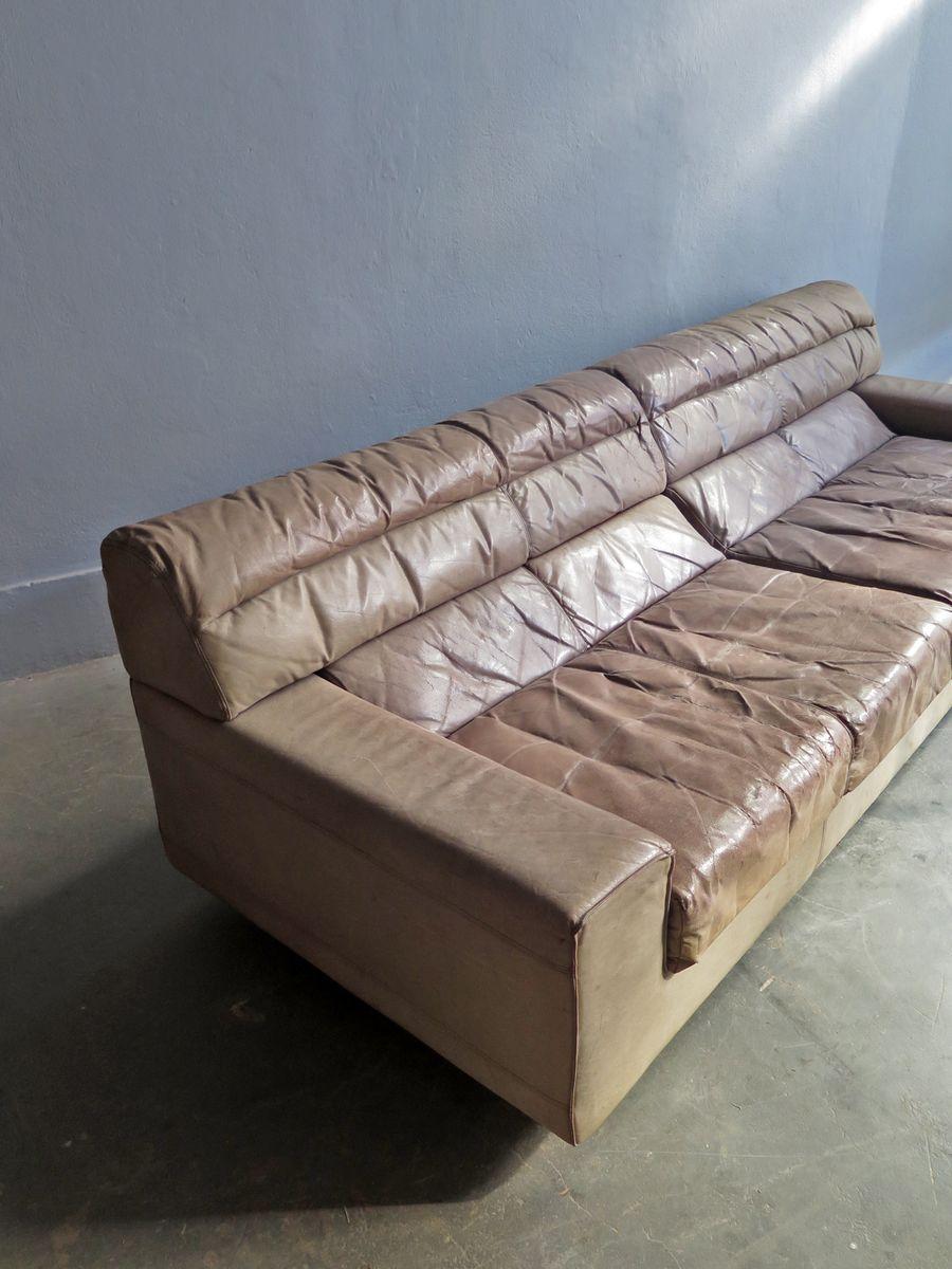 grand canap vintage en cuir en vente sur pamono. Black Bedroom Furniture Sets. Home Design Ideas