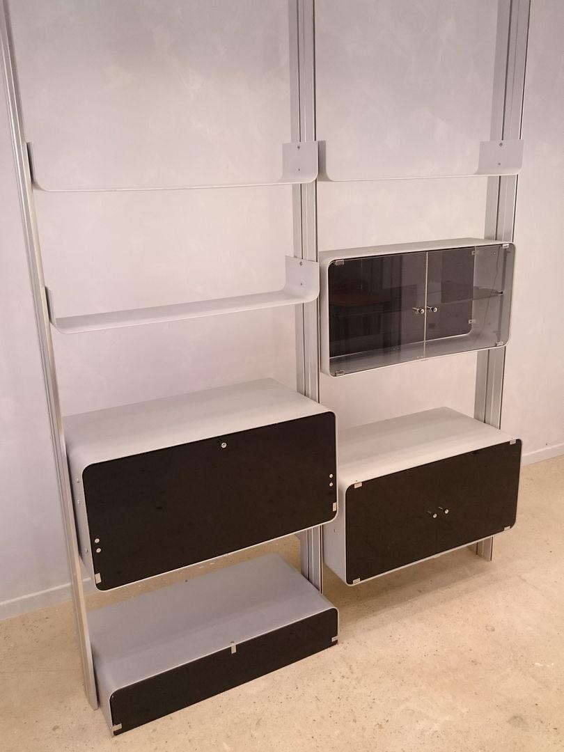 tag re modulaire en aluminium par michel ducaroy pour. Black Bedroom Furniture Sets. Home Design Ideas