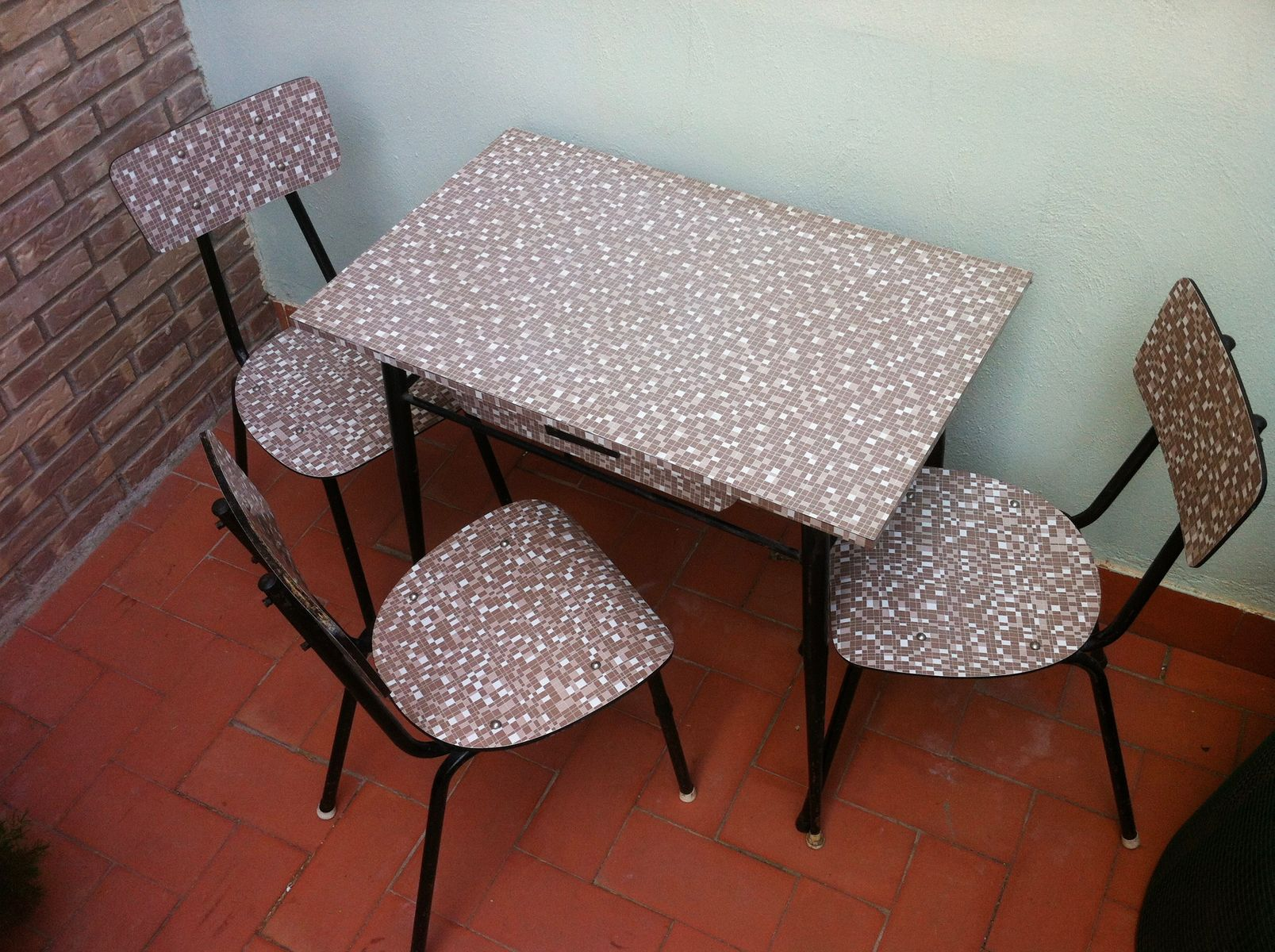 Photo besides Vintage 1950s Formica And Chrome Table moreover 321079900096 furthermore Spanish Formica Dining Set 1960s 1 additionally 1950s Chrome Kitchen Table Metal 1960 And Chairs With Additional 1950 Kitchen Table And Chairs With New Kitchen Window Curtains. on vintage formica table set