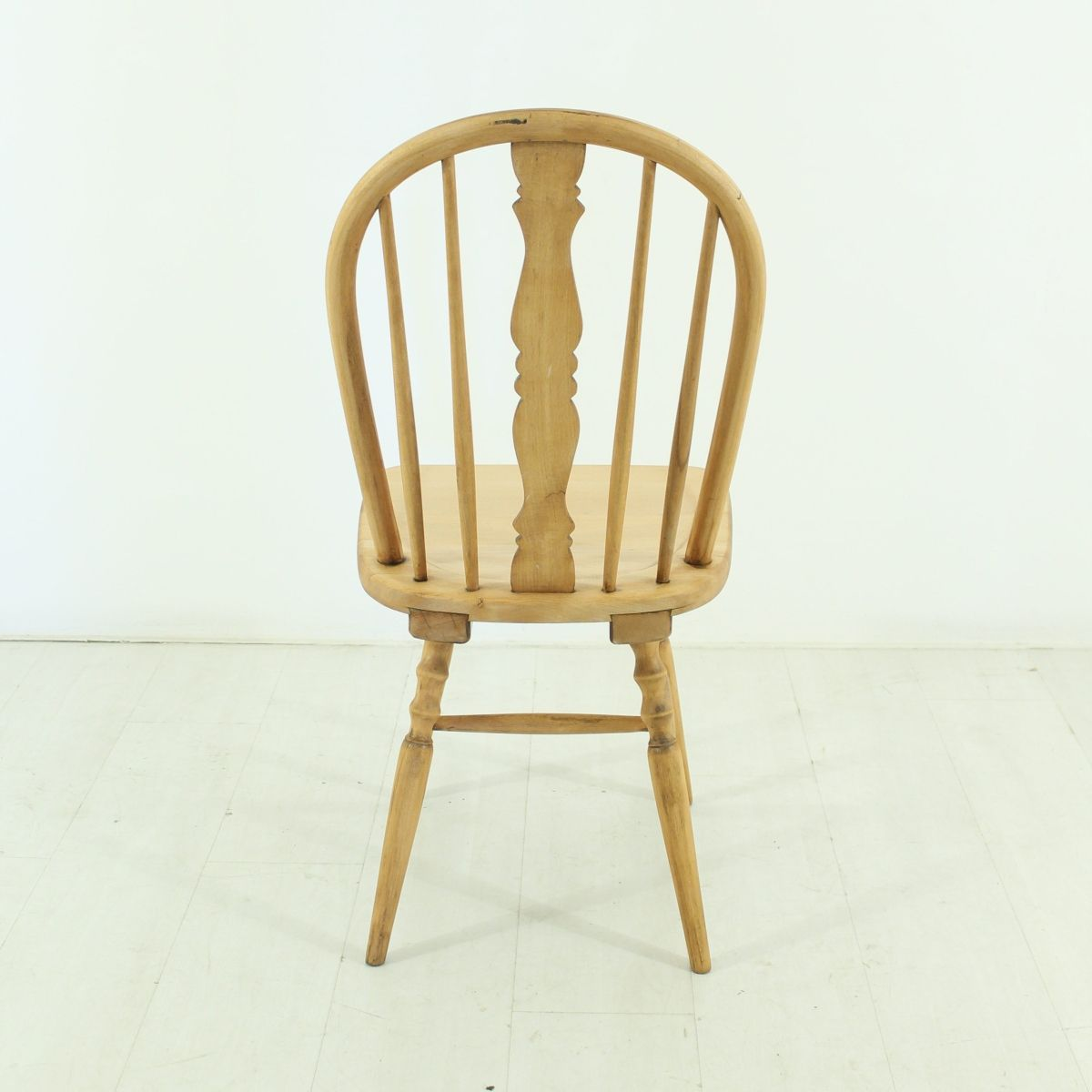 Windsor Chair 1920s for sale at Pamono