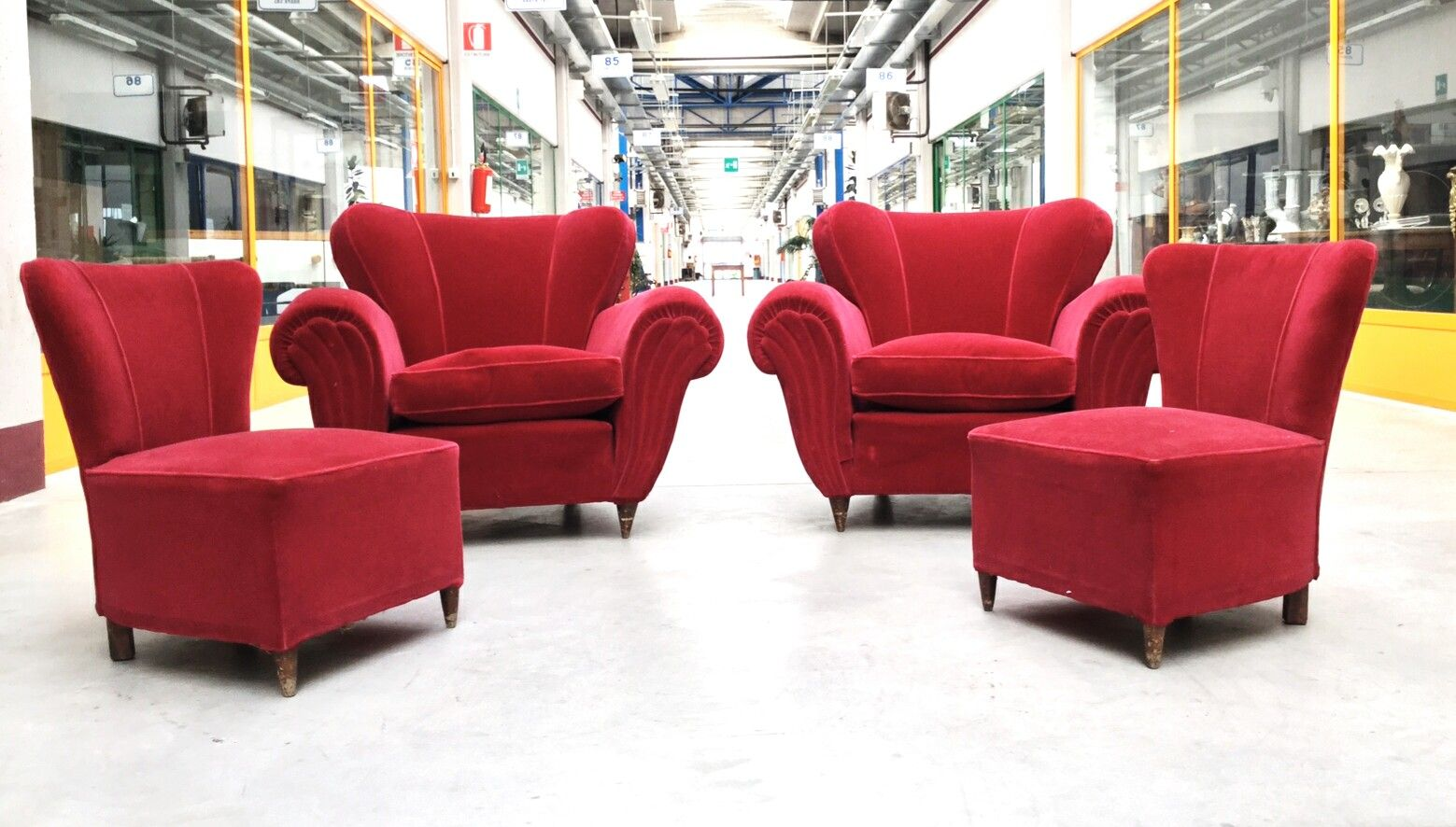 Red velvet chair - Red Velvet Lounge Chairs 1950s Set Of 4