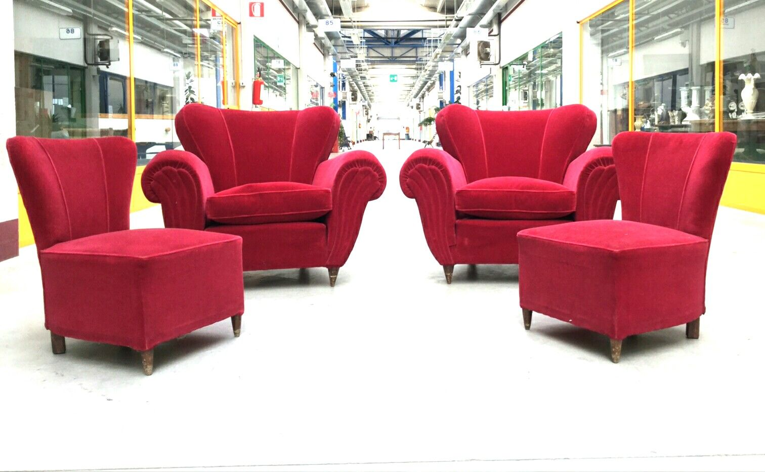 red velvet lounge chairs
