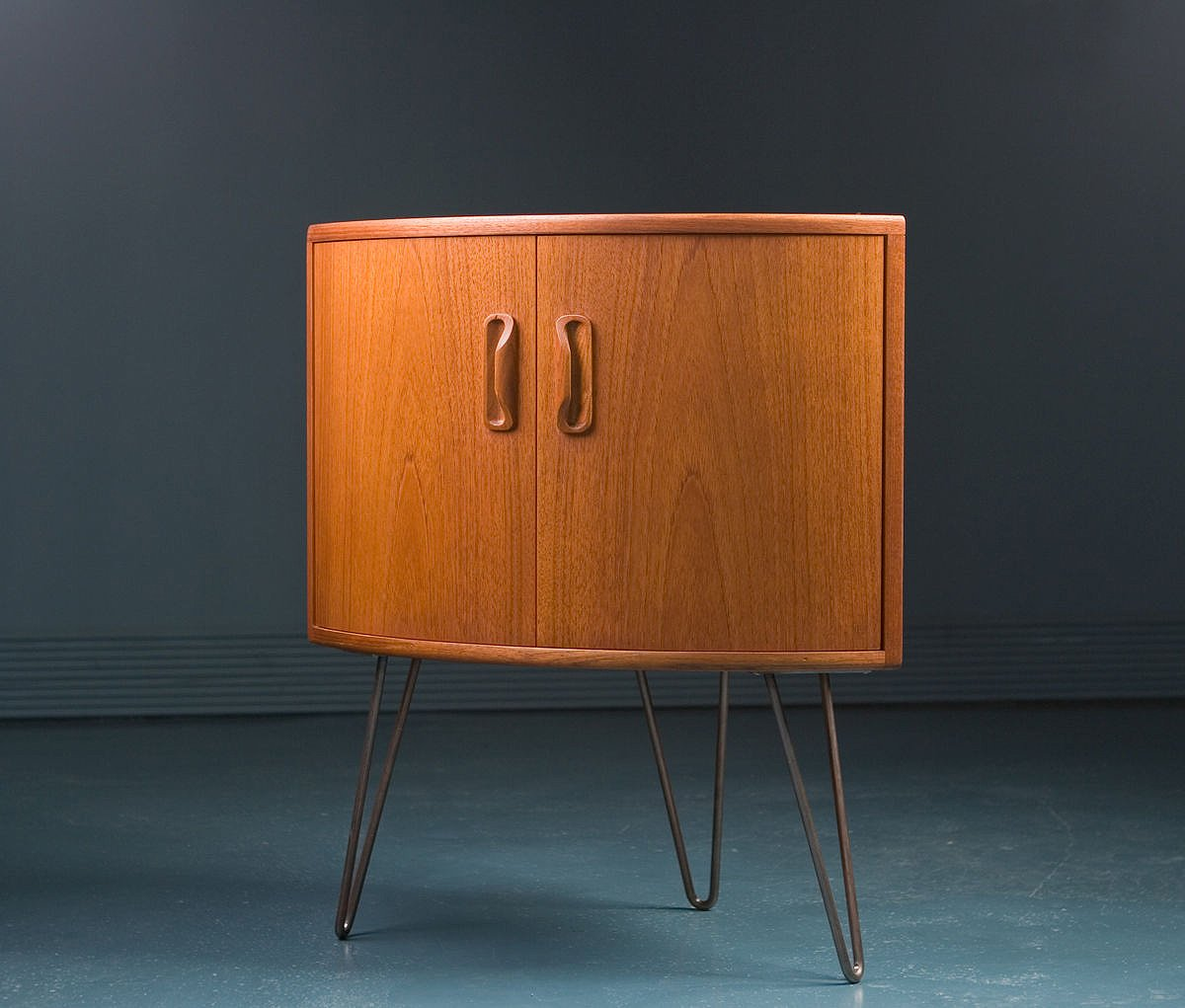 Small Mid Century Teak Corner Cabinet From G Plan For Sale