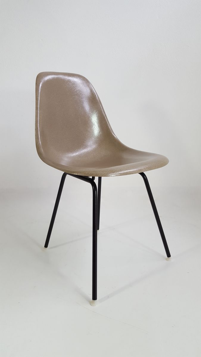 fiberglass chair by charles ray eames for vitra 1970s. Black Bedroom Furniture Sets. Home Design Ideas