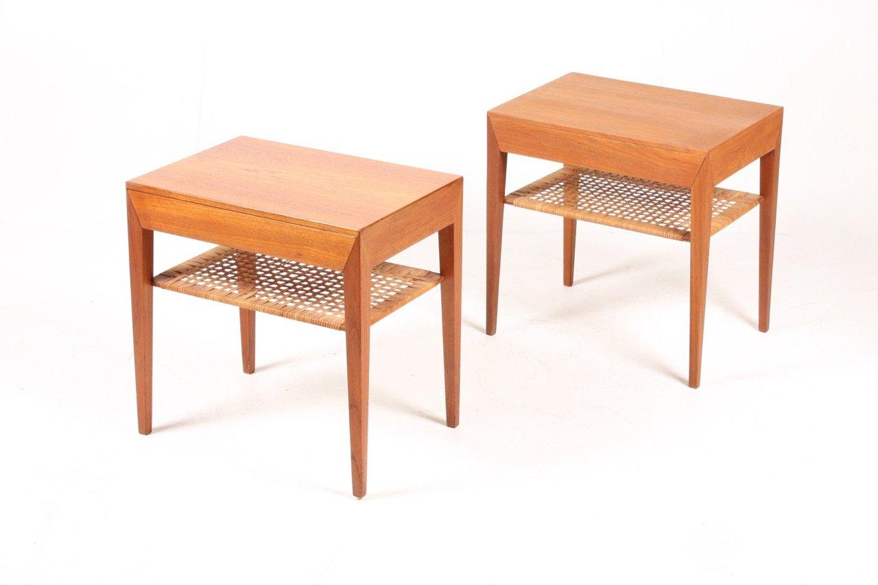 Tables de nuit en teck par serverin hansen pour haslev for Table de nuit en anglais