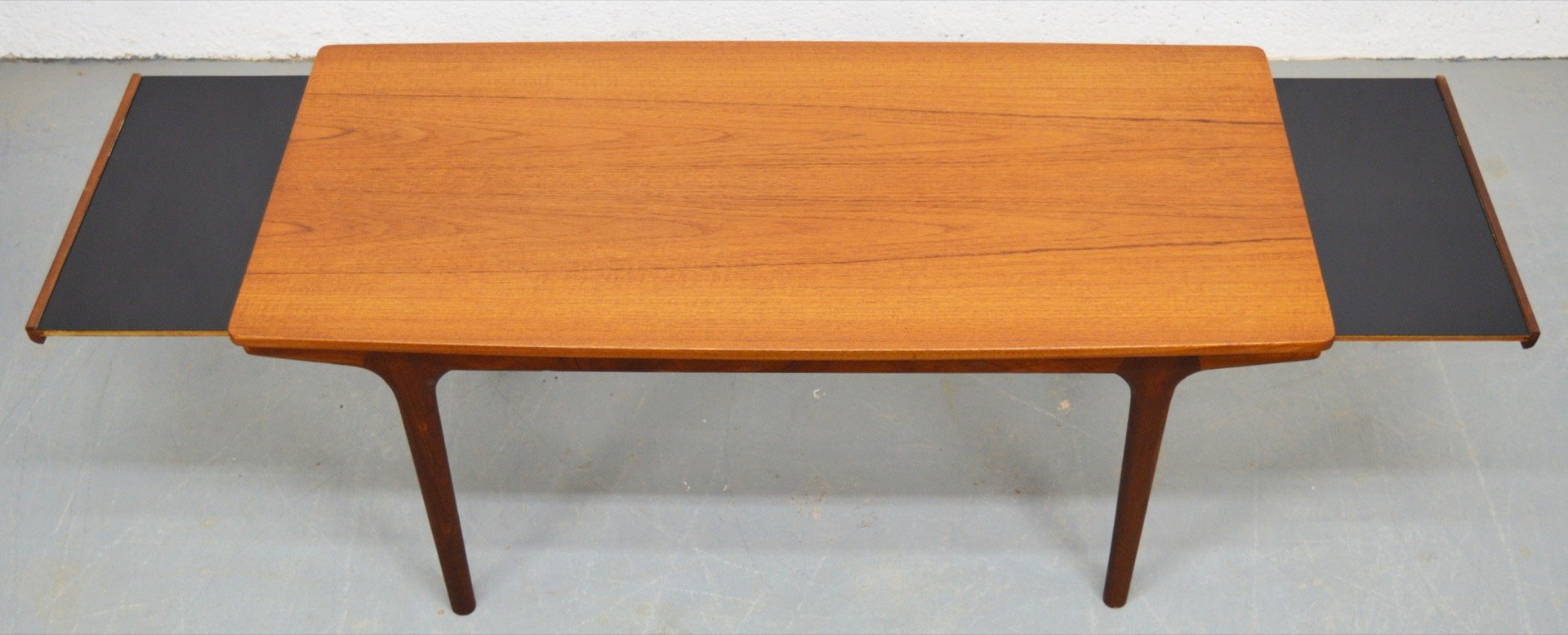 Mid century teak and melamine extendable coffee table by mcintosh for sale at pamono - Telescopic coffee table ...
